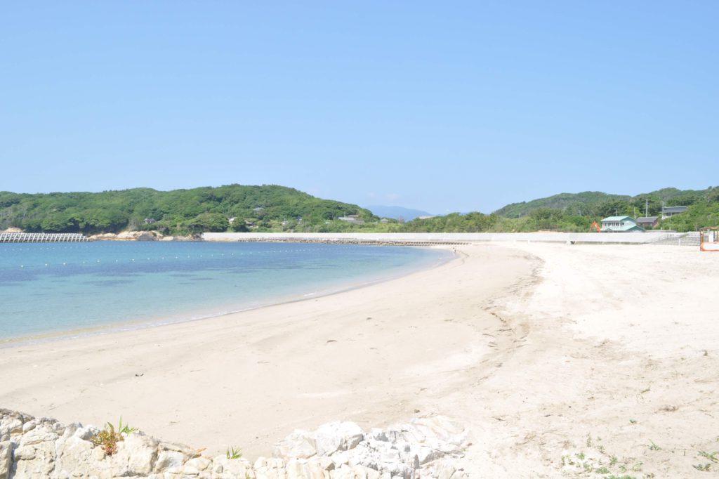 網地白浜の砂浜